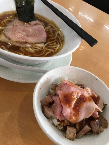 「鳥そば ローストポーク飯トッピング」@麺屋BISQの写真