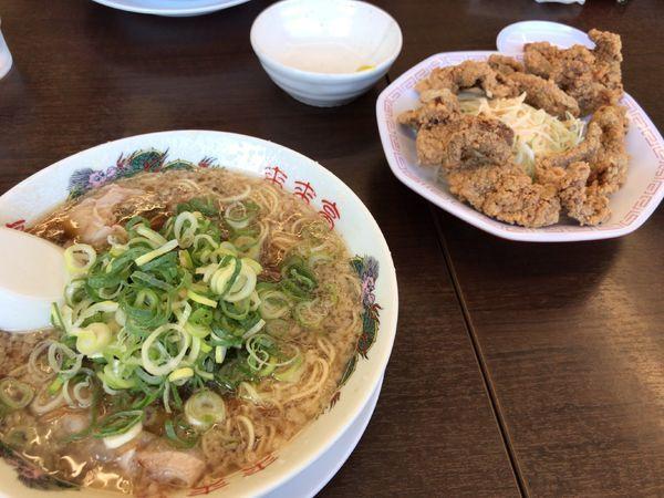 「ラーメン牛レバー定食」@来来亭 メガガイア本山店の写真