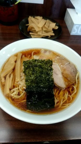 「ラーメン並(600円)+メンマ(150円)」@めんくい亭の写真