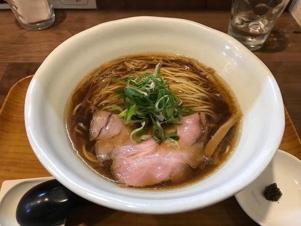 「醤油と貝のラーメン」@ラーメン 健やかの写真