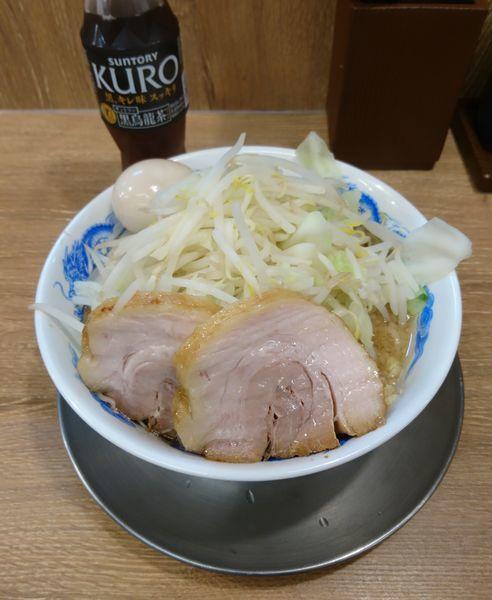 「豚玉ラーメン並 ヤサイ増し ショウガ」@ジャンクガレッジ 深谷店の写真