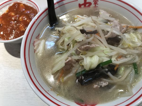 「塩タンメン+プチマーボー丼」@蒙古タンメン中本 品川店の写真