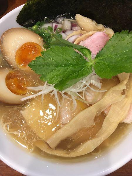 「しろらぁ麺」@らぁ麺しろの写真
