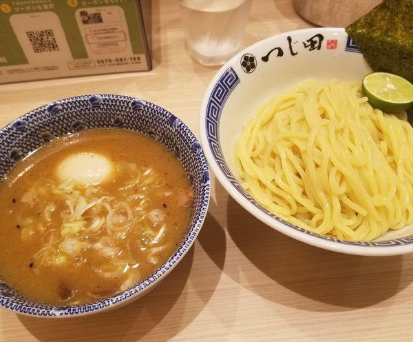 「濃厚味玉つけ麺¥980」@つじ田 池袋西口店の写真