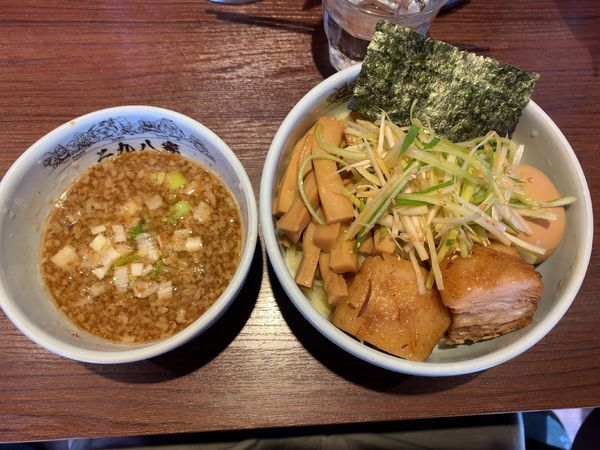 「魚介豚骨全部入りつけ麺1180円」@二九八家 いわせの写真