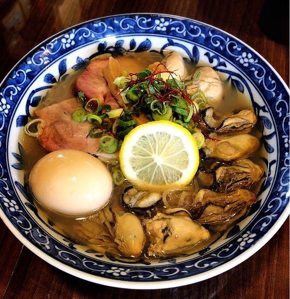「牡蠣そば  特製」@寿製麺よしかわ 保谷店の写真