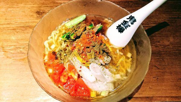 「烏賊ざんまいカラシビ冷しらー麺」@カラシビつけ麺 鬼金棒の写真