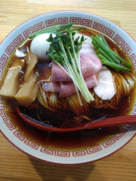「(松) 特級中華そば 醤油 950円」@自家製麺 くろ松の写真