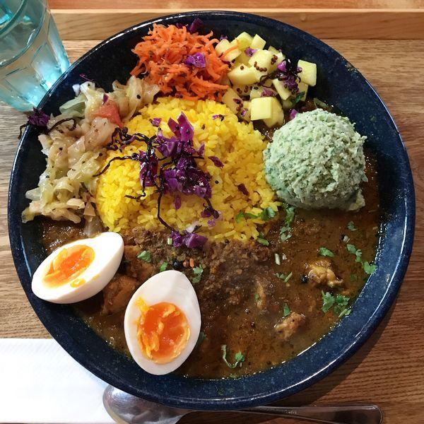 「スパイスチキンカレー定食」@スパイスカレー青藍の写真