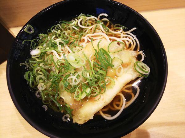 「天ぷらえきそば 360円」@えきそば 姫路駅店の写真