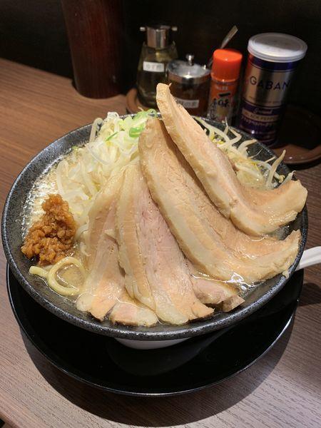 「富士チャーシュー麺(醤油) 1000円」@優勝軒 熊谷総本店の写真