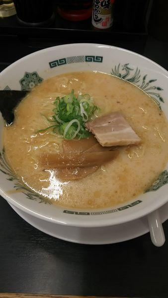 「とんこつラーメン」@日高屋 与野駅東口店の写真