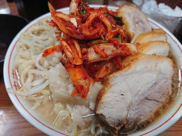 「ラーメン+豚五枚+タマキム」@ラーメン二郎 亀戸店の写真