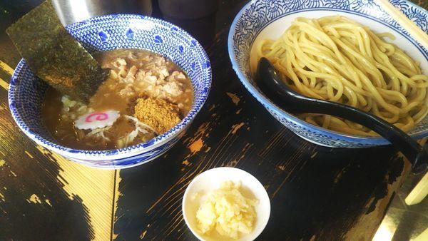 「つけ麺(中盛)+ほぐし豚+にんにく」@狼煙 〜NOROSHI〜の写真