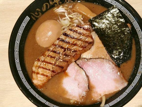 「特製濃厚豚骨魚介らーめん」@心の味製麺の写真