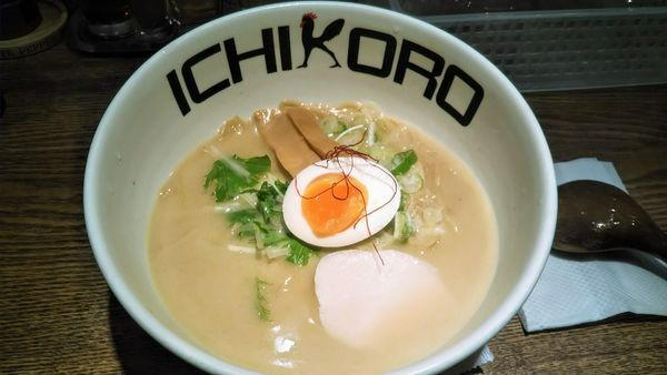 「純鶏そば」@鶏そば十番 156 ICHIKORO 麻布十番店の写真