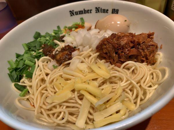 「油そばブラック細麺ver+味玉」@麺Dining Number Nine 09の写真