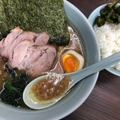 横浜家系らーめん 武蔵家 川口店の写真