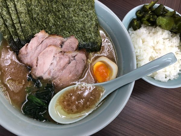 「川口特製らー麺」@横浜家系らーめん 武蔵家 川口店の写真