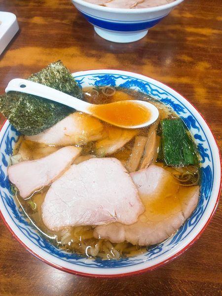 「焼豚ワンタン麺  1210円」@とら食堂の写真