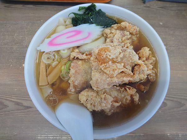 「から揚げらあめん+ひもかわ麺」@手打ちらぁめん 足利麺 太田・尾島店の写真
