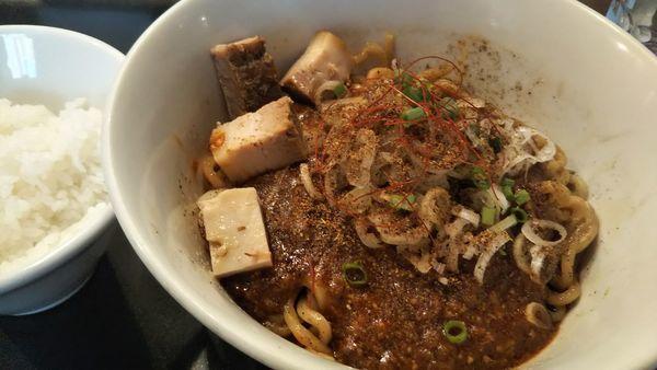「麻婆まぜそばプチライス付き」@らぁ麺 やまぐち 辣式の写真