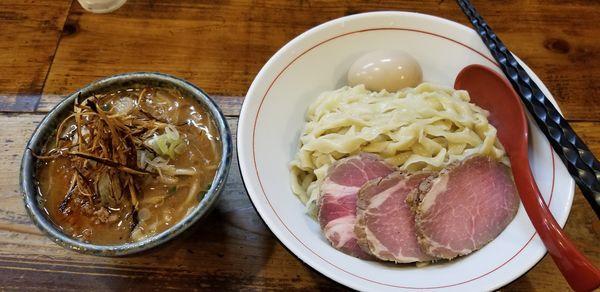 「味噌つけ麺大盛+特製」@東京味噌らーめん 鶉の写真