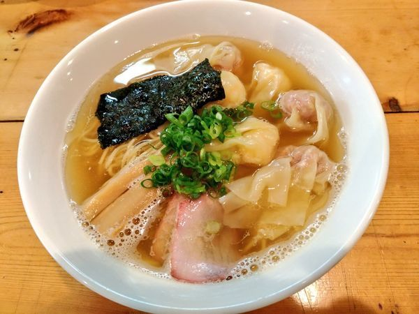 「白だし特製ワンタン麺」@支那そば 大和 稲荷町本店の写真