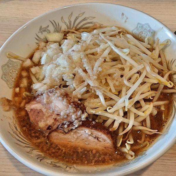 「佐藤さん 麺150g 玉葱 アブラ ヤサイ 700円」@麺&cafe Coi.Coi.の写真