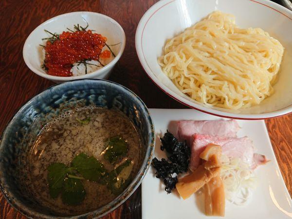「つけ麺850円+THEいくら飯350円」@拉麺 イチバノナカの写真