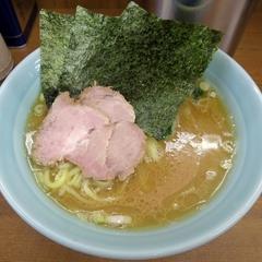 横浜ラーメン 武蔵家 北千住店の写真