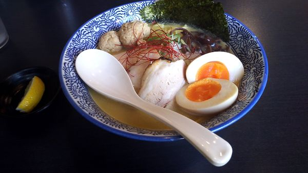 「特製濃厚鶏白湯そば(1,000円)」@濃厚鶏そば 晴壱の写真