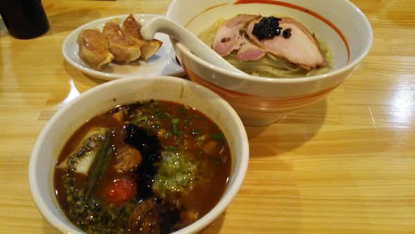 「[限定]冷やし赤味噌つけ麺」@川の先の上の写真