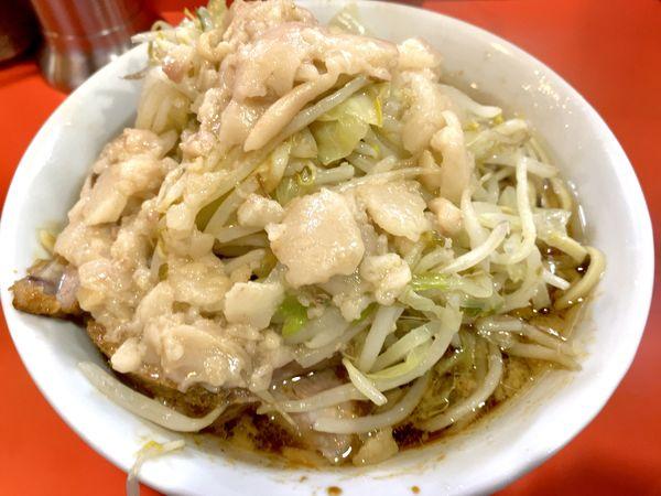 「豚入りラーメン ニンニク・アブラ・カラメ」@ラーメン二郎 仙川店の写真