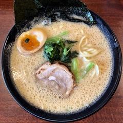 横浜家系ラーメン 麺家かごイチの写真
