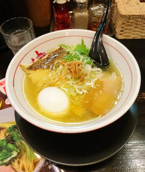 「鯛塩ラーメン ラーパス味玉」@麺や 蔵人の写真