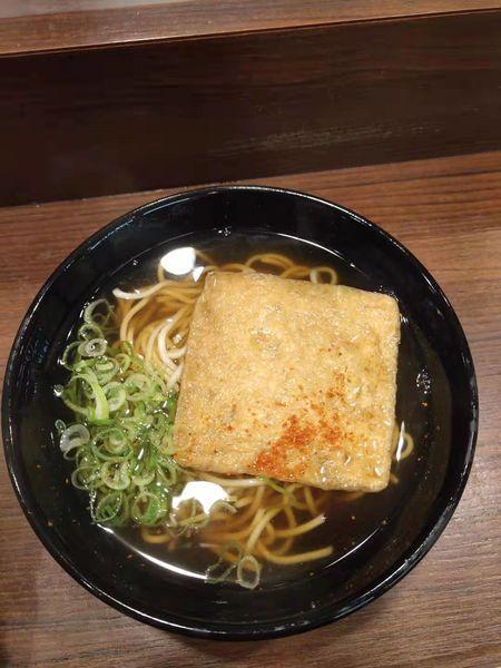 「きつね駅そば(380円)」@えきそば 姫路駅店の写真