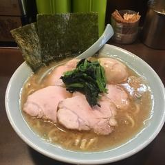 横浜らーめん 本牧家 横須賀店の写真