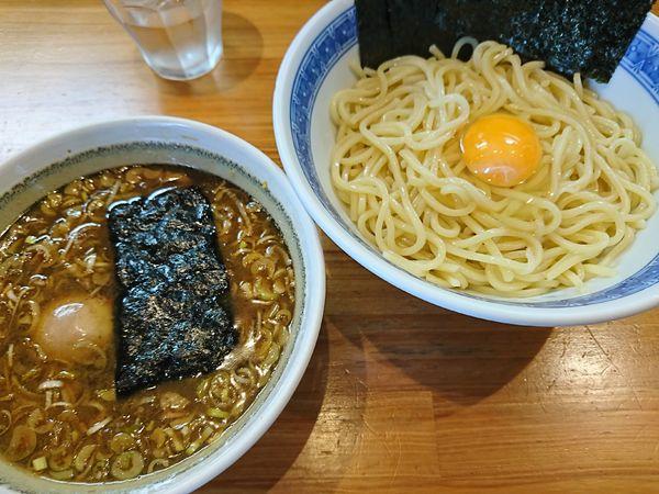 「つけめん(小)+海苔、味玉、生玉(1000円)」@自家製中華そば としおかの写真