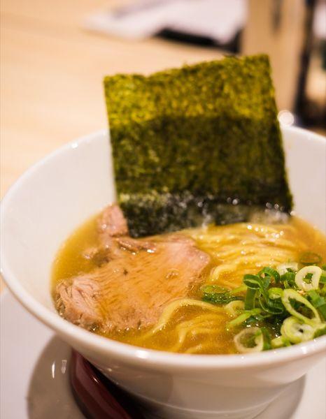 「麺」@麺や えいちつーの写真
