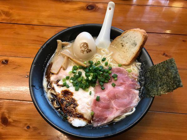 「マー鶏ックス +味玉」@上気元 いただきの写真