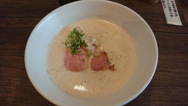 「TORI白湯ラーメン 880円」@麺 leads なかの 天理店の写真
