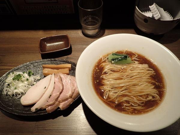 「ぶたらぁめん(豚清湯スープ)」@つけ麺 一燈の写真