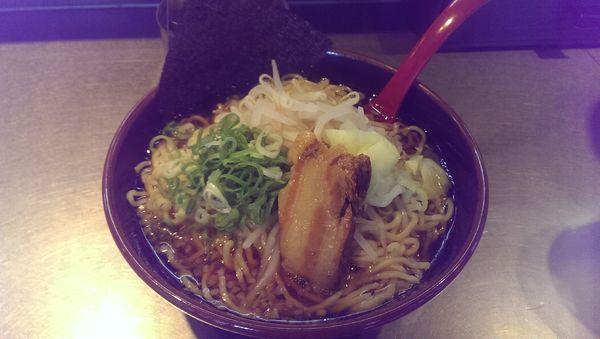 「あっさり醤油、大盛」@拉麺福徳 永山店の写真