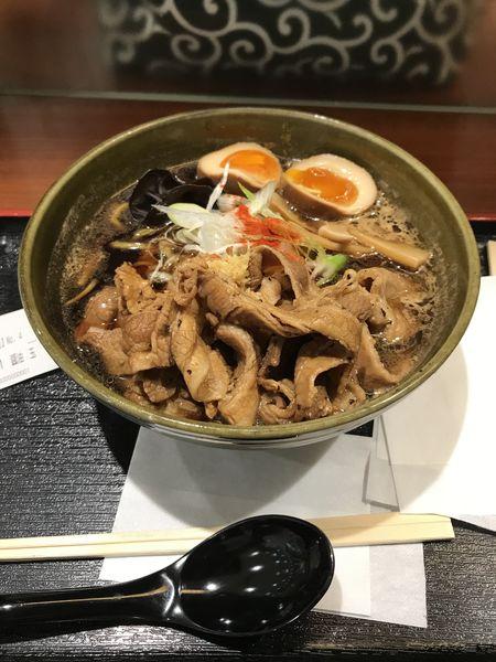 「炙り豚醤油ラーメン+味玉」@札幌 みその ラゾーナ川崎店の写真