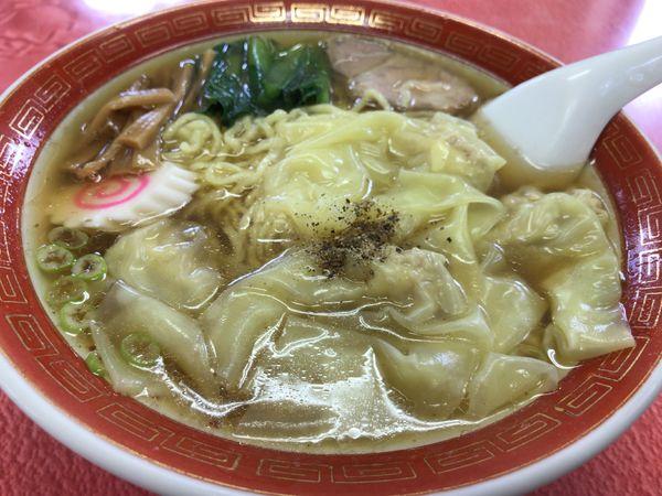 「ワンタン麺」@仲よし食堂の写真