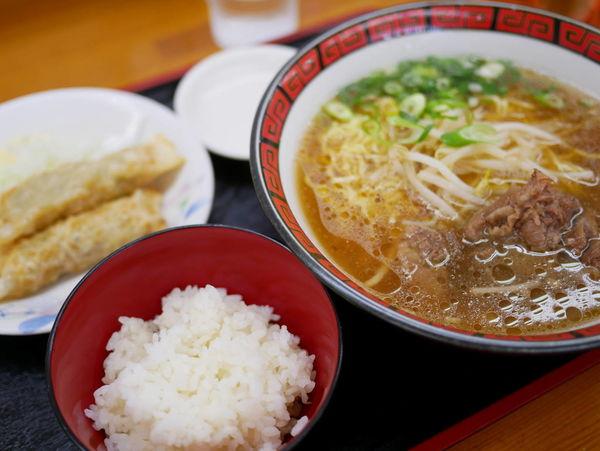 「スジラーメン 麺硬め+餃子セット」@ラーメン いのよしの写真