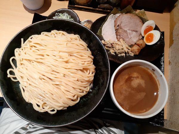 「特製つけ麺特盛+チャーシュー(豚肩ロース醤油煮豚)」@つけ麺 道の写真