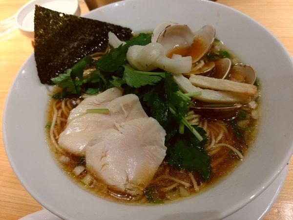 「らーめん」@Ginza Noodles むぎとオリーブの写真