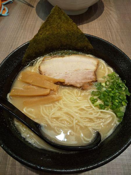 「マグロ白湯ラーメン820円」@東大和ラーメン 大冬樹の写真